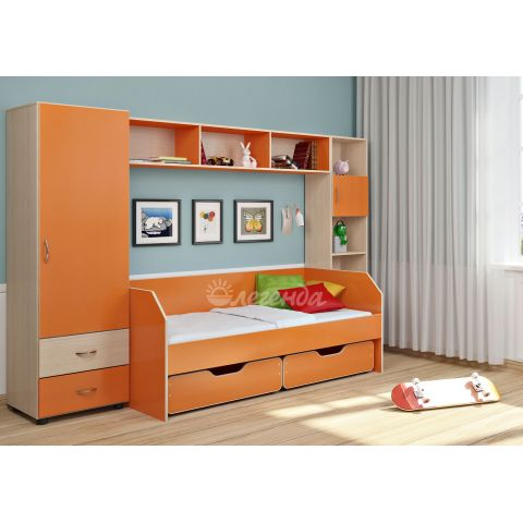 Размер - 300,0x85,0x185,2 см (ШxГxВ), спальное место - 180x80 см, допустимая нагрузка на спальное место - 70 кг. Материал - ЛДСП, 16 мм (класс эмиссии - Е1)